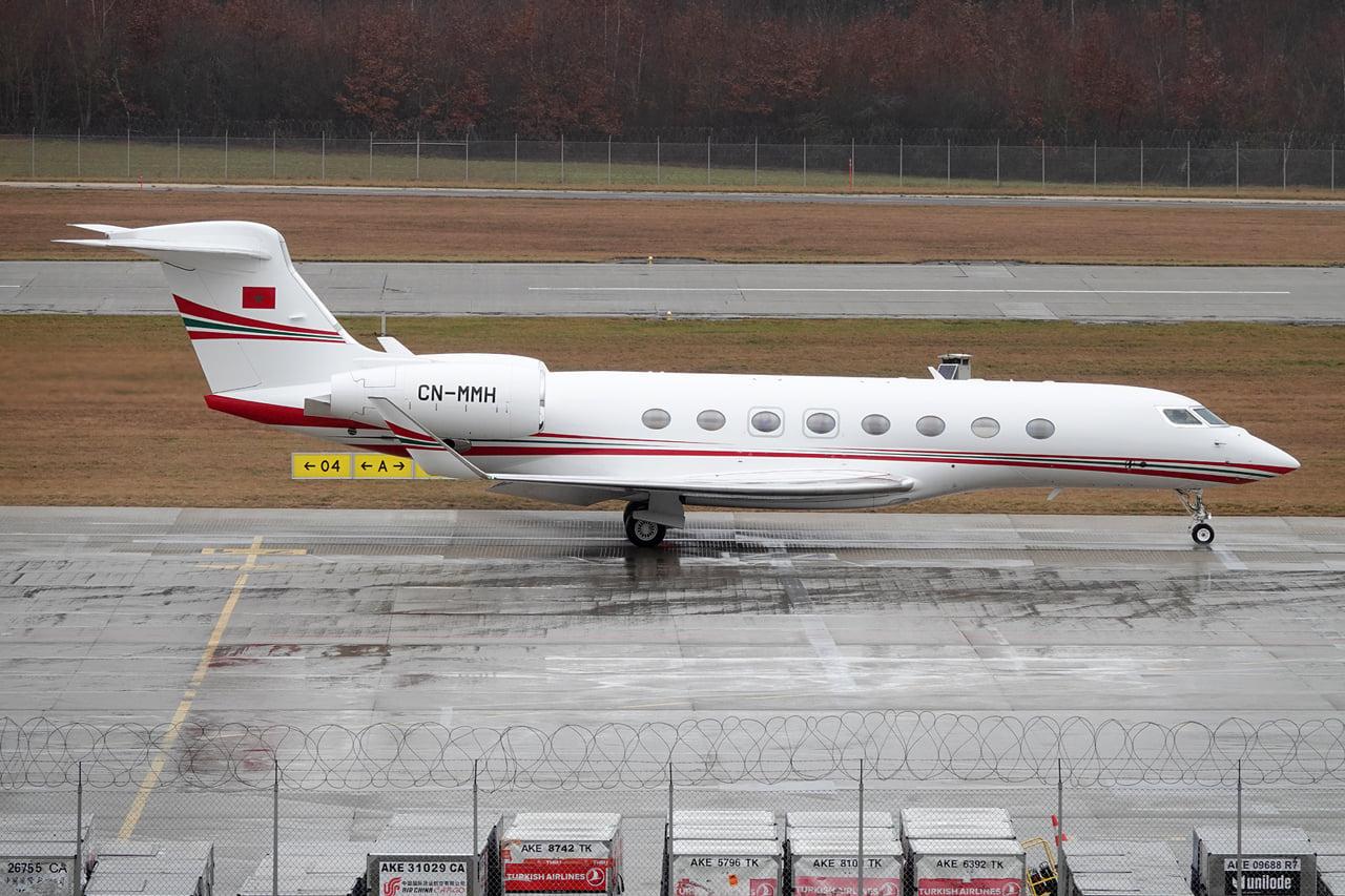 FRA: Avions VIP, Liaison & ECM - Page 25 14385810