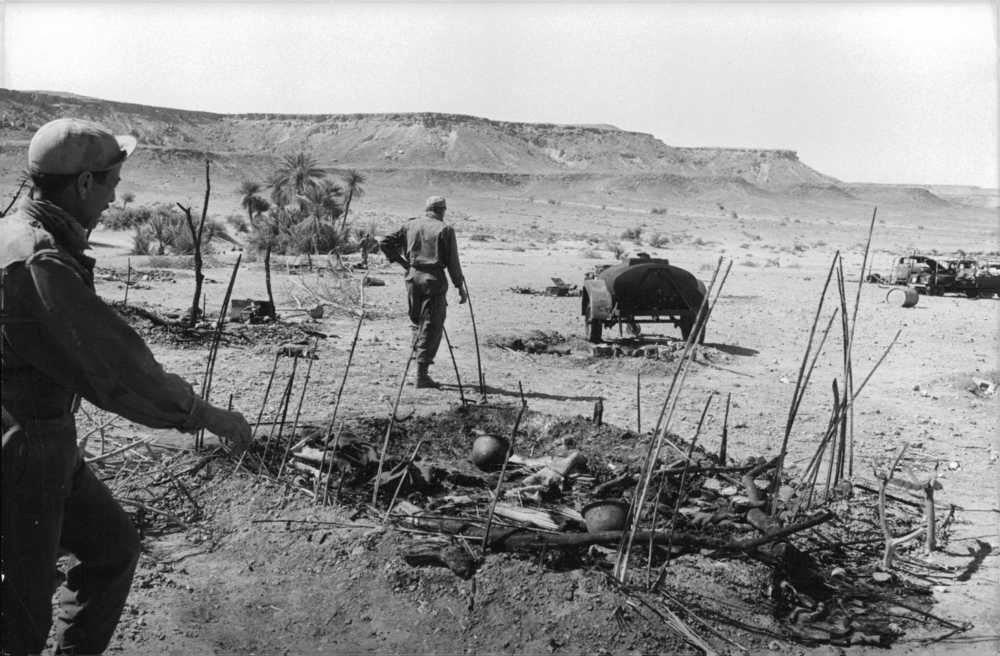 Photos - Guerre des Sables - 1963 - Page 8 200_610