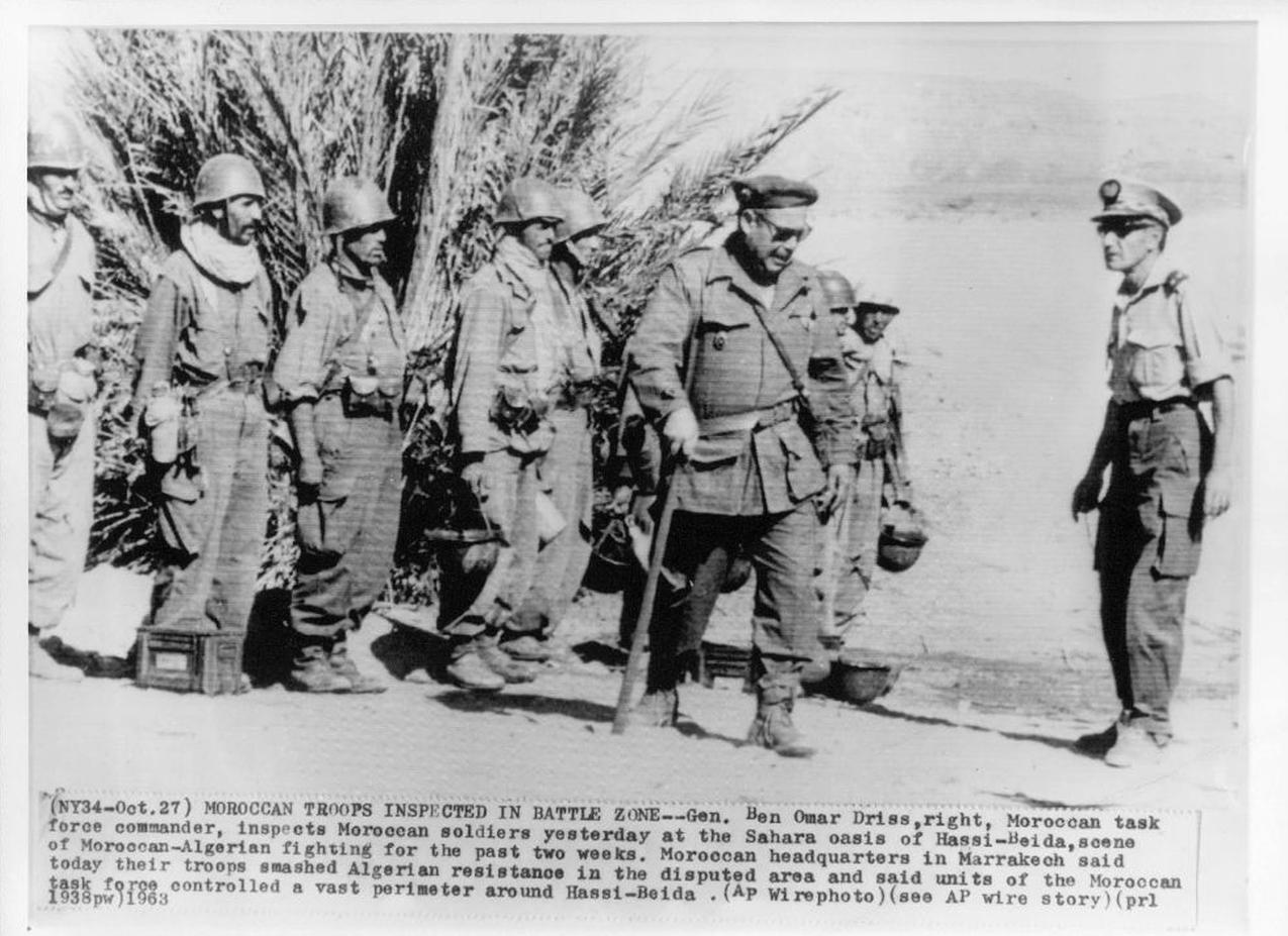 Photos - Guerre des Sables - 1963 - Page 8 300_310