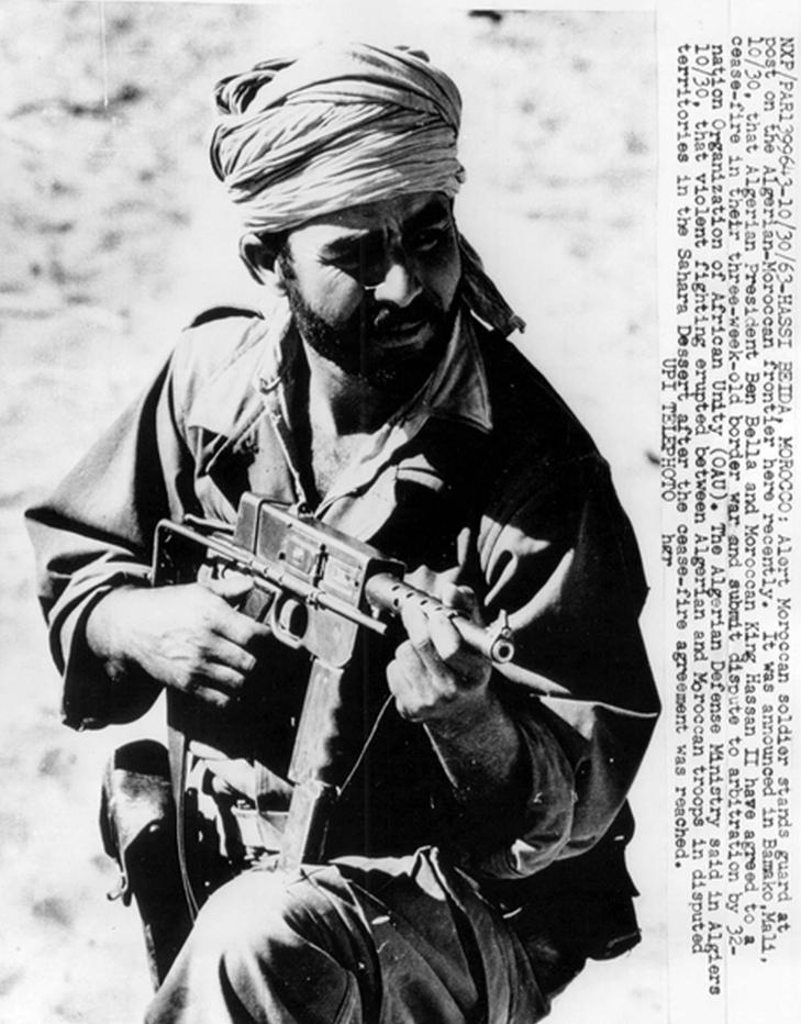 Photos - Guerre des Sables - 1963 - Page 8 300_610