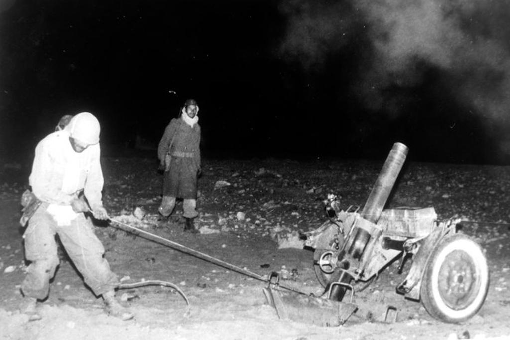 Photos - Guerre des Sables - 1963 - Page 8 400_110