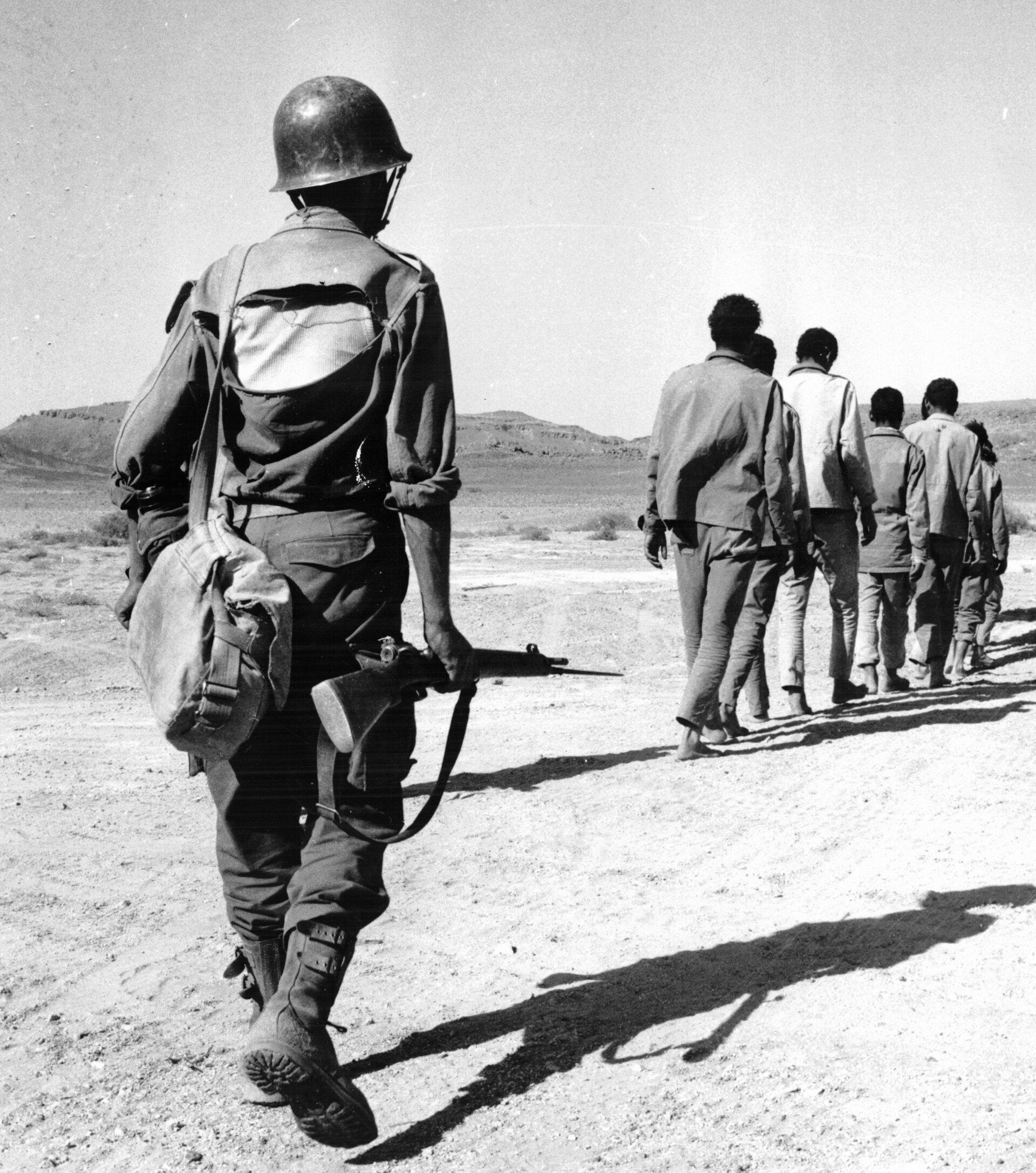Photos - Guerre des Sables - 1963 - Page 8 500_210
