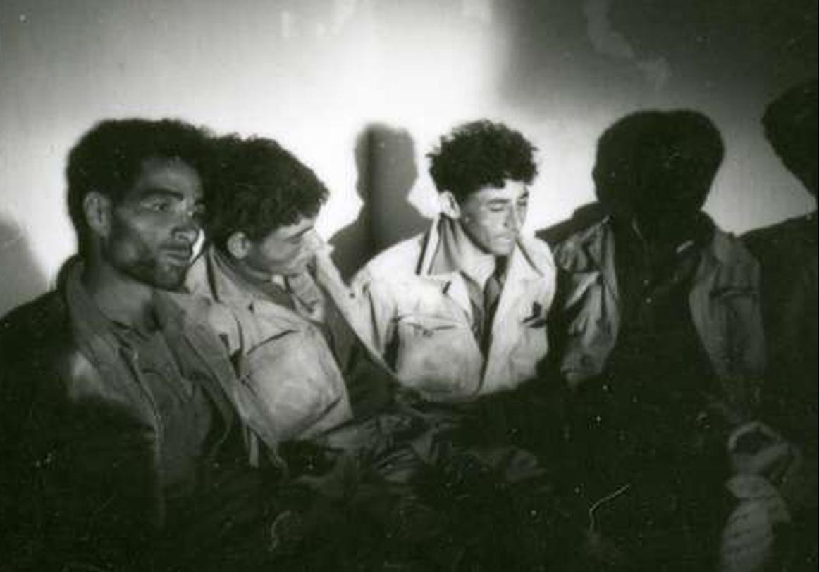 Photos - Guerre des Sables - 1963 - Page 8 500_710
