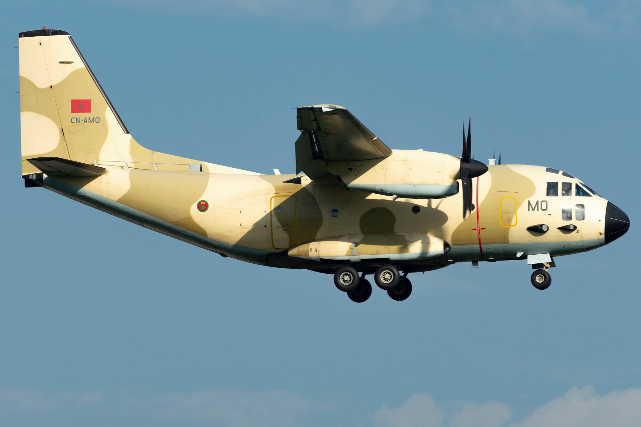 FRA: Photos d'avions de transport - Page 41 Clip1053