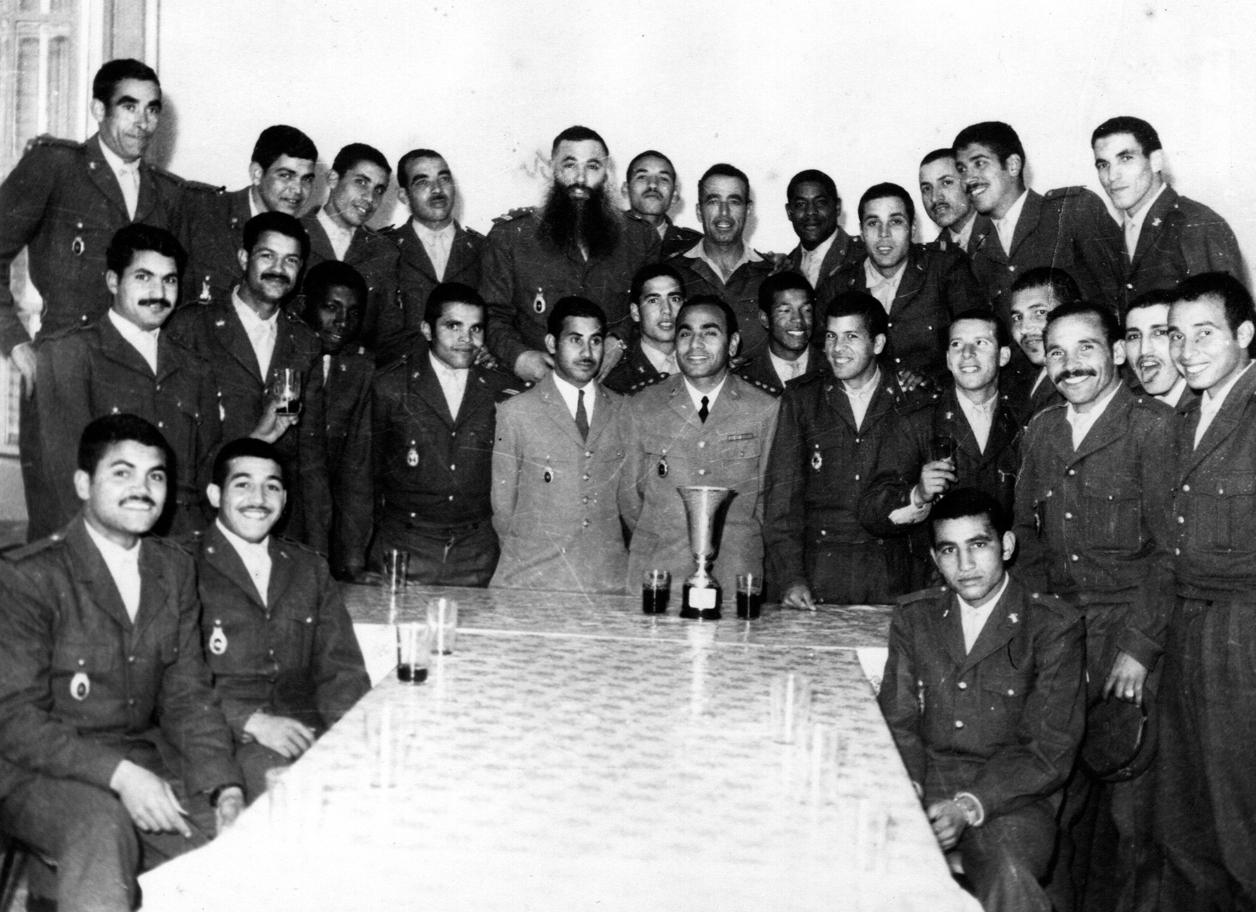 Feu le colonel Abdeslam El Abidi (Alpha Bravo)  - Page 2 Clipb160