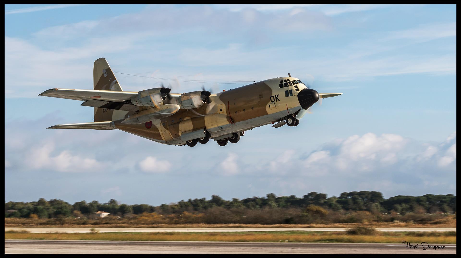 FRA: Photos d'avions de transport - Page 36 Clipb213