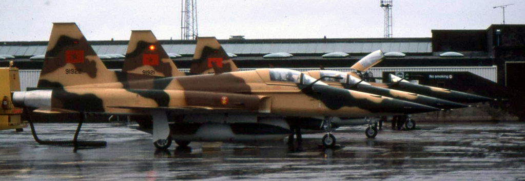 FRA: Photos F-5 marocains / Moroccan F-5  - Page 12 Clipb217