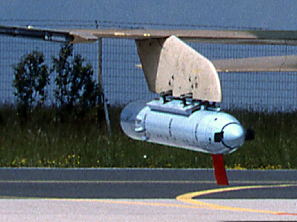 Northrop AN/AAQ-8 Clipb254