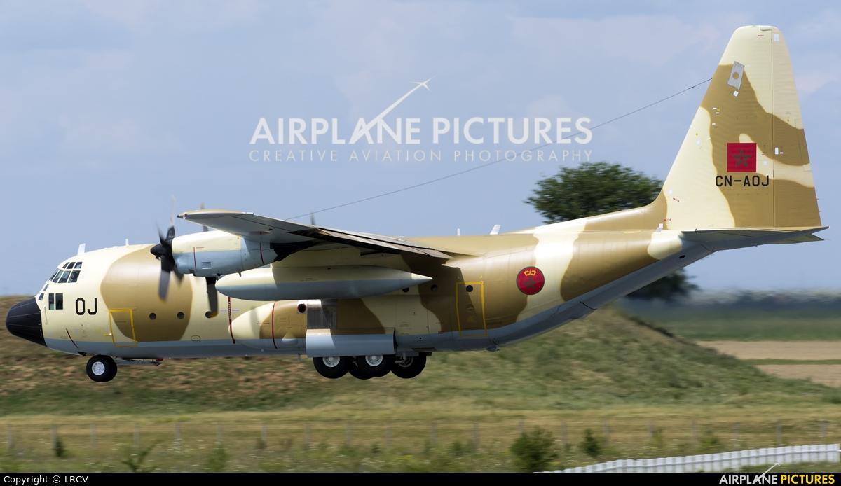 FRA: Photos d'avions de transport - Page 38 Clipb399