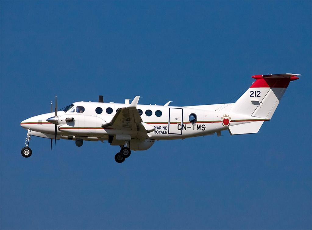 Beechcraft Super King Air 350ER - Page 4 Clipb403
