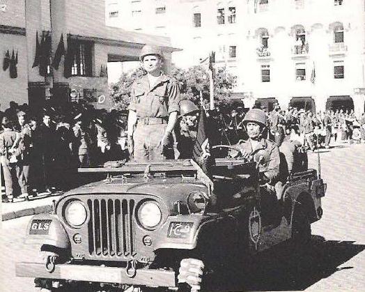Defilé des FAR à Rabat le 18 novembre 1963 Clipb418