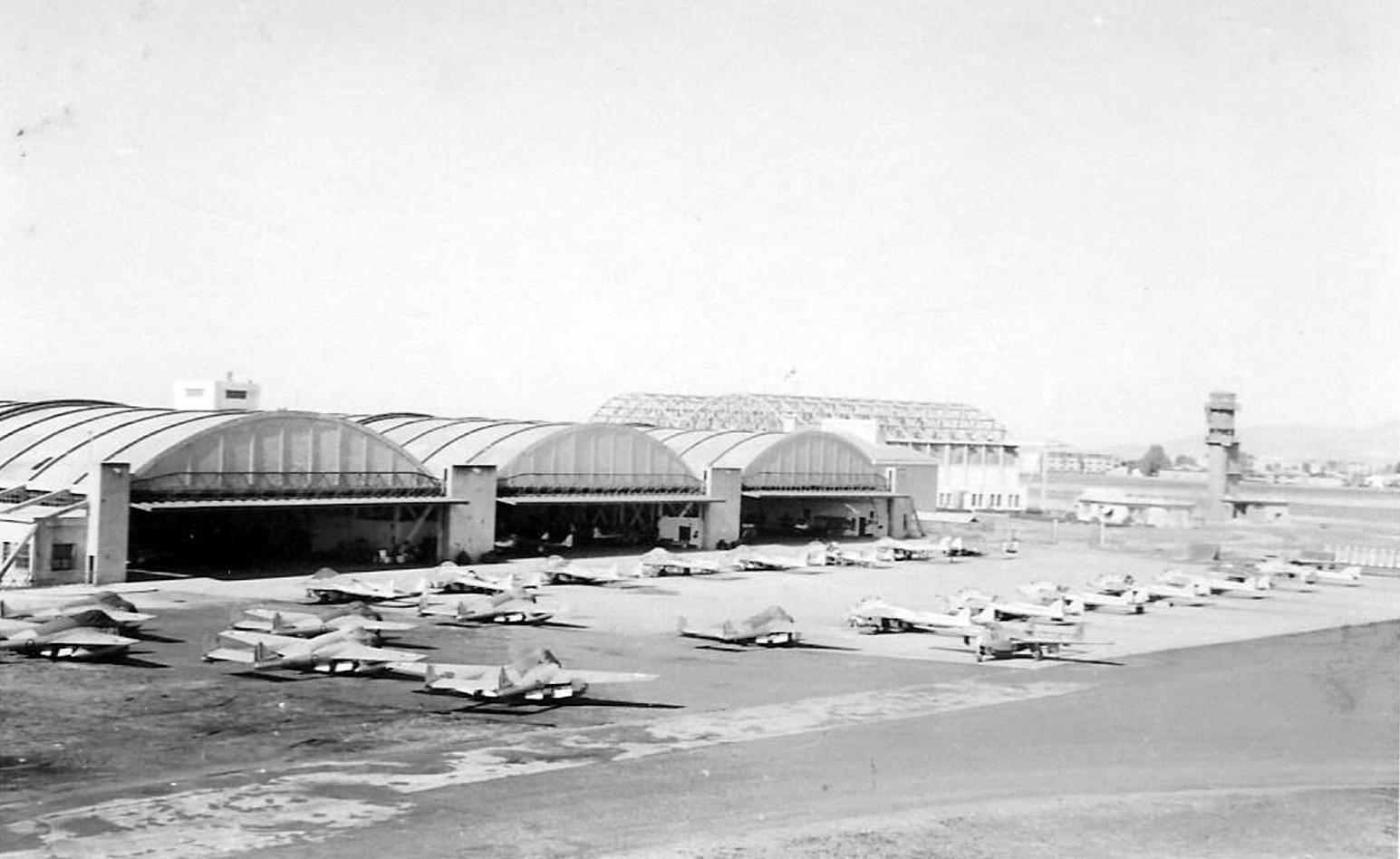 Base aérienne 708 - Meknès Clipb426