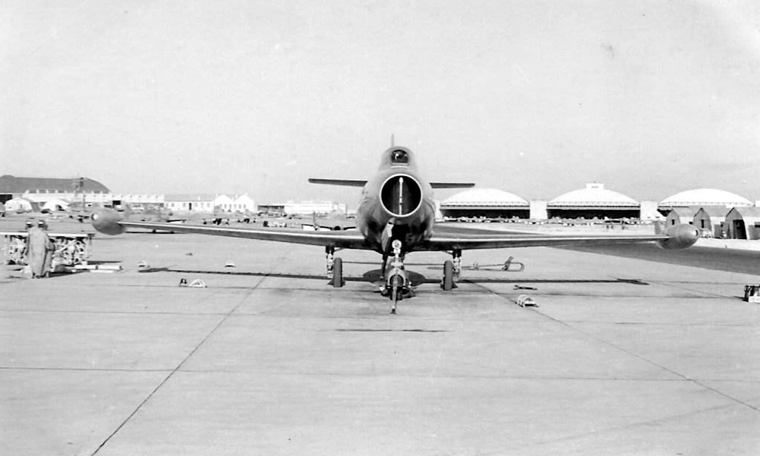 Base aérienne 708 - Meknès Clipb429