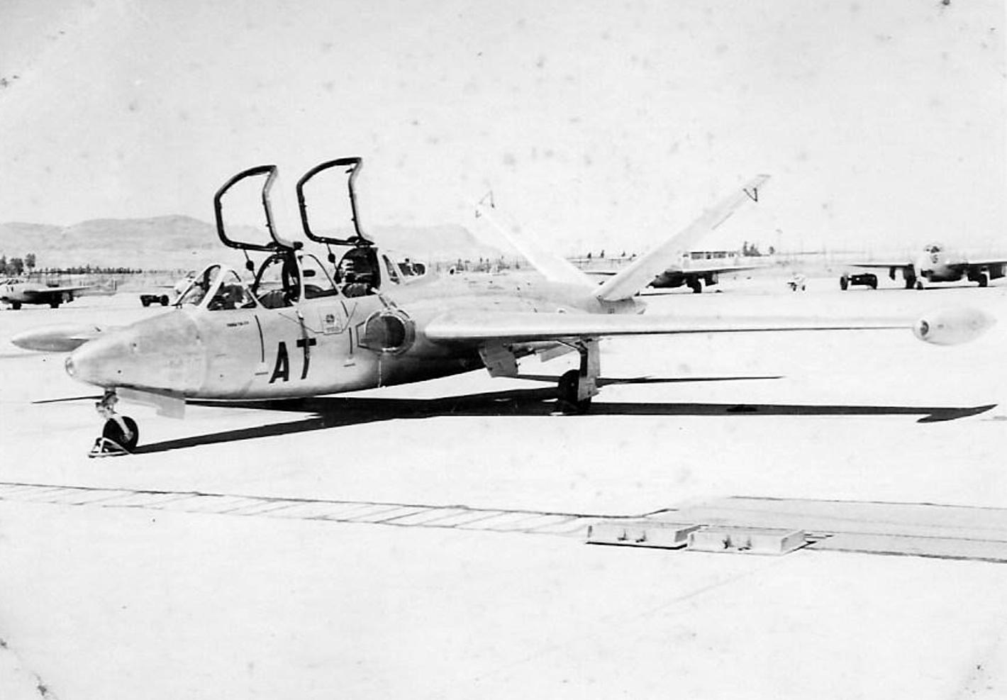 Base aérienne 708 - Meknès Clipb430