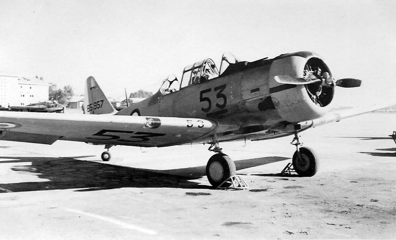Base aérienne 708 - Meknès Clipb433