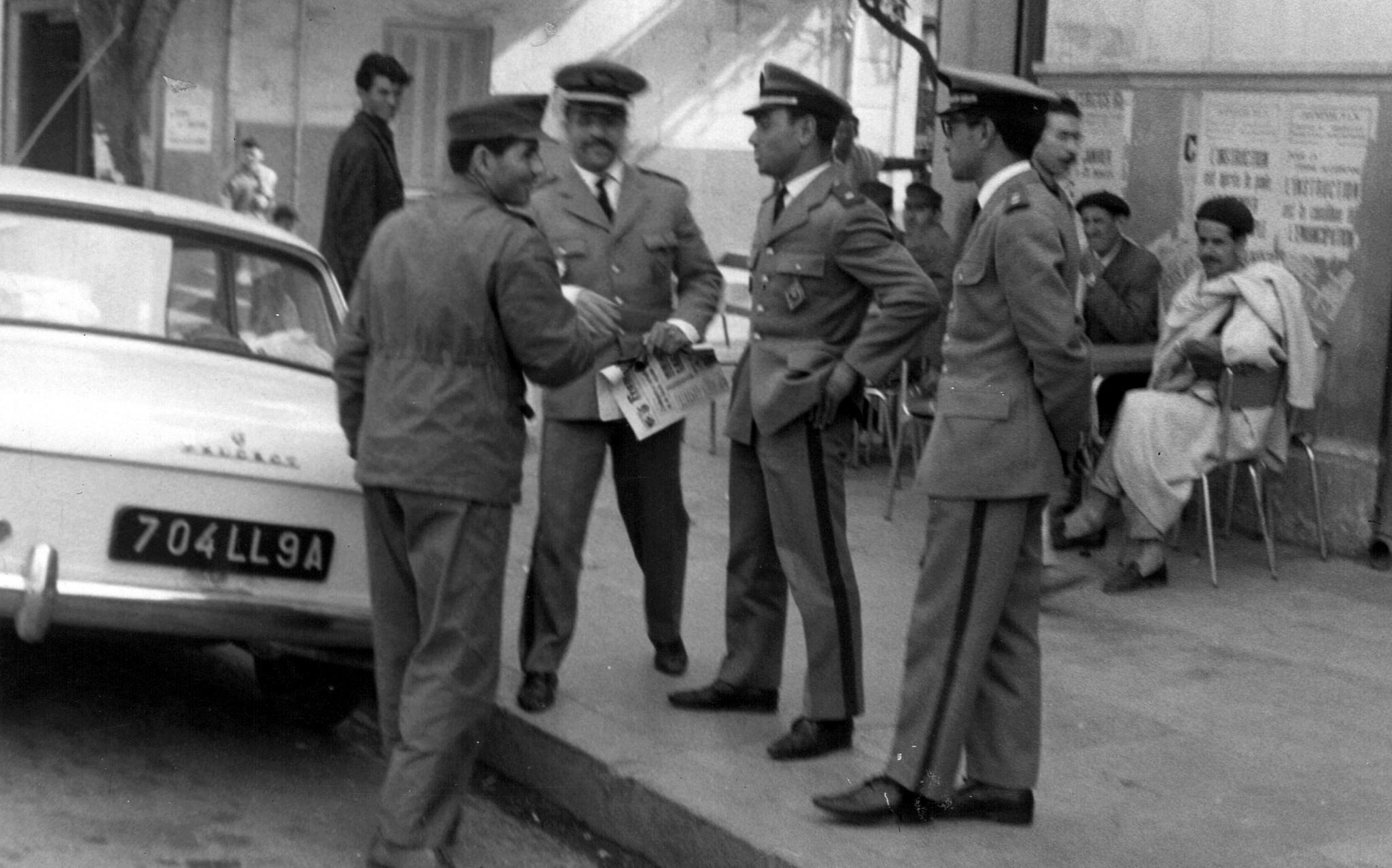 Feu le colonel Abdeslam El Abidi (Alpha Bravo)  - Page 2 Clipb887