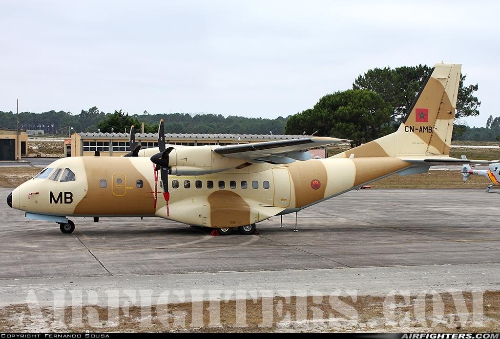 FRA: Photos d'avions de transport - Page 38 Photo_11