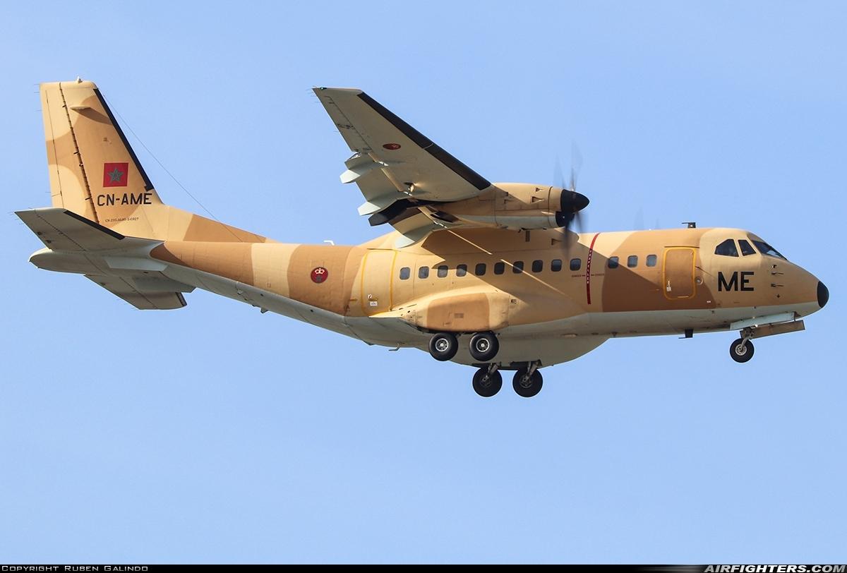 FRA: Photos d'avions de transport - Page 41 Photo_14