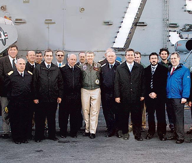 La Armada en los medios - Página 2 T012dh11