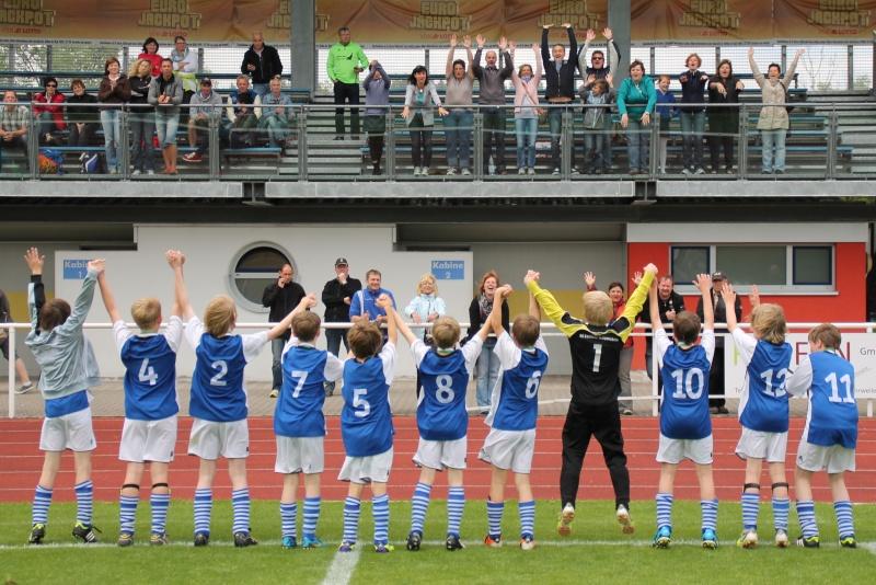 *** E1 gewinnt Kreismeisterschaft 2012 *** E1fina19