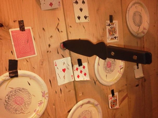 Sinza's Knife Throwing Tricks Bottle10