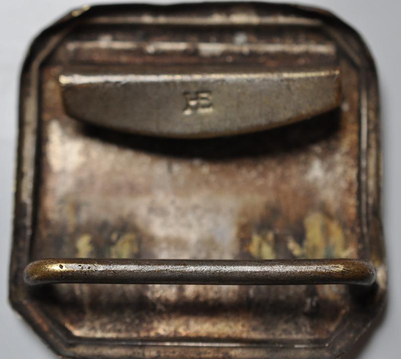 Identification d'un marquage au dos d'une boucle 2018-111