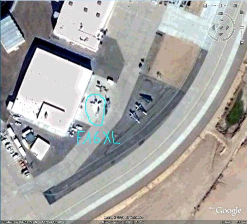 D-21 Drones supersoniques et F-16 XL, Dryden AFB, USA. F1610
