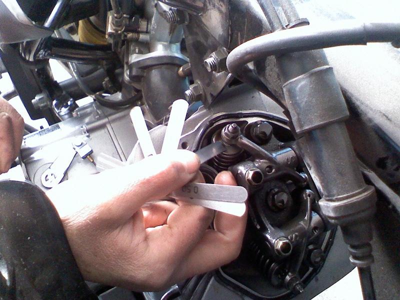 Регулювання клапанів на Zongshen 200gs 03150816