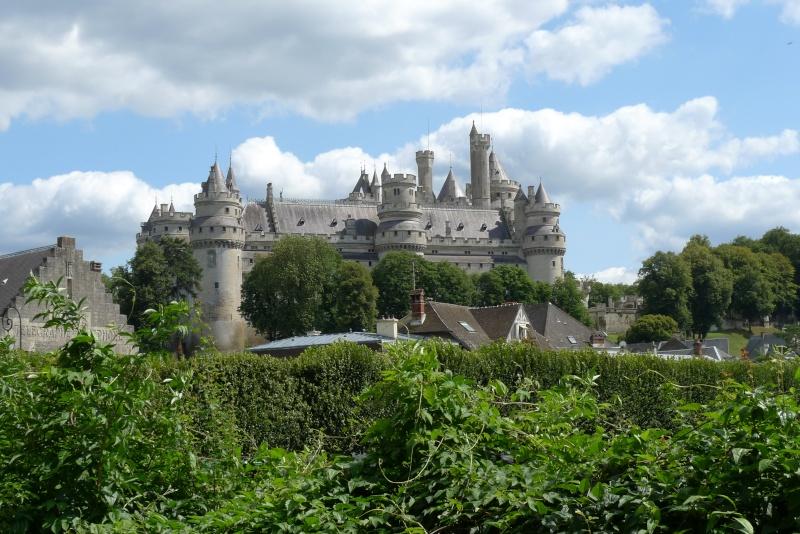 Le château de Pierrefonds P1100210