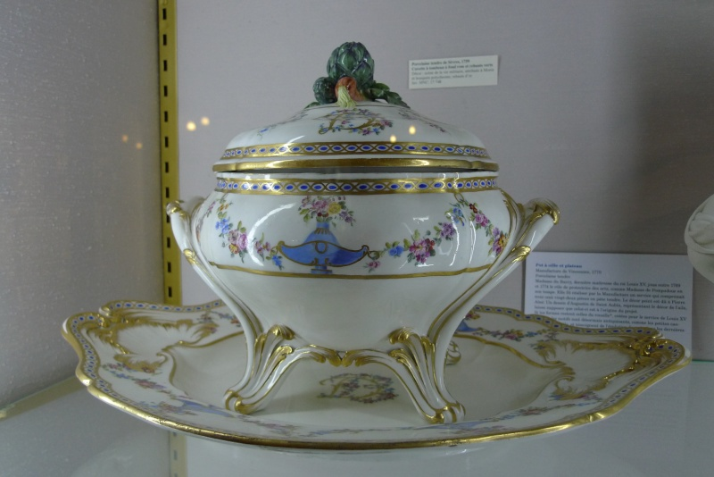 Musée National de la Céramiques de Sèvres - Page 2 P1140318