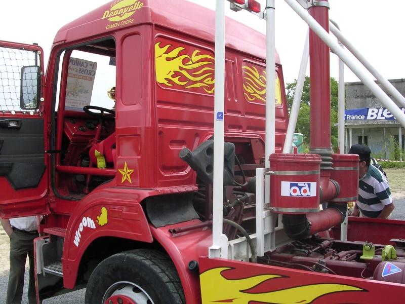 Les camions d'écuries de courses Photo185