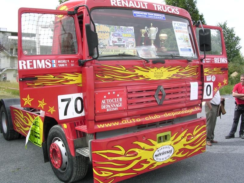 Les camions d'écuries de courses Photo186