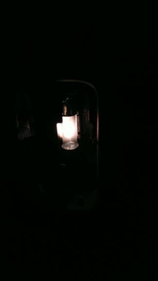 [TUTO OU ASTUCE] Remplacer les ampoules T10 de la console centrale par des LEDS Img_2080