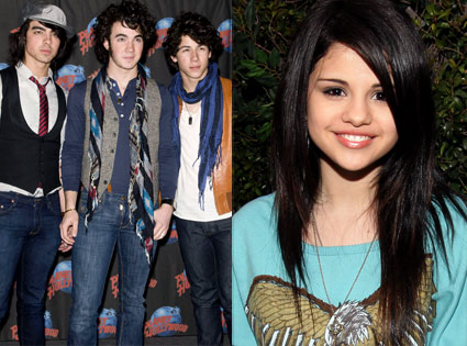 Jonas Brothers hang out con Selena Gomez y Brenda Song!! 425_jo10