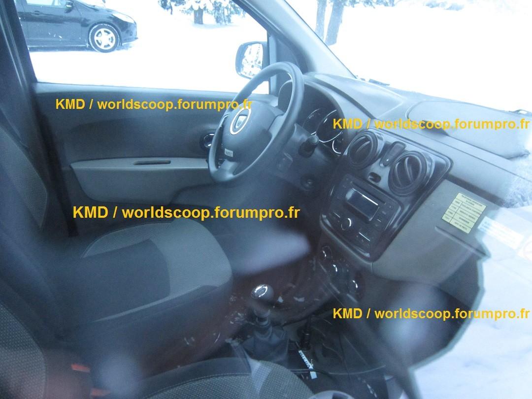 2012 - [Dacia] Lodgy Monospace [J92] - Page 17 Img_1110