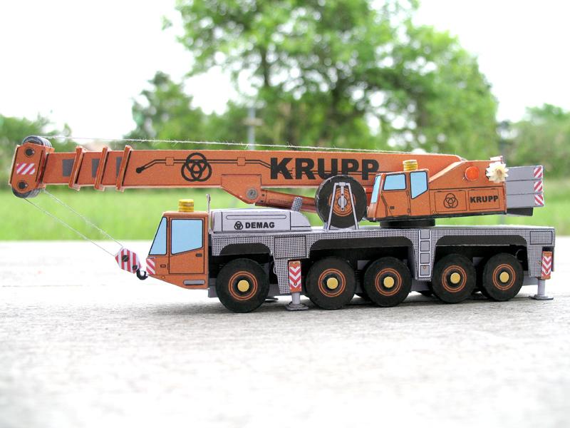 Véhicules de TP au 1/100 Krupp710