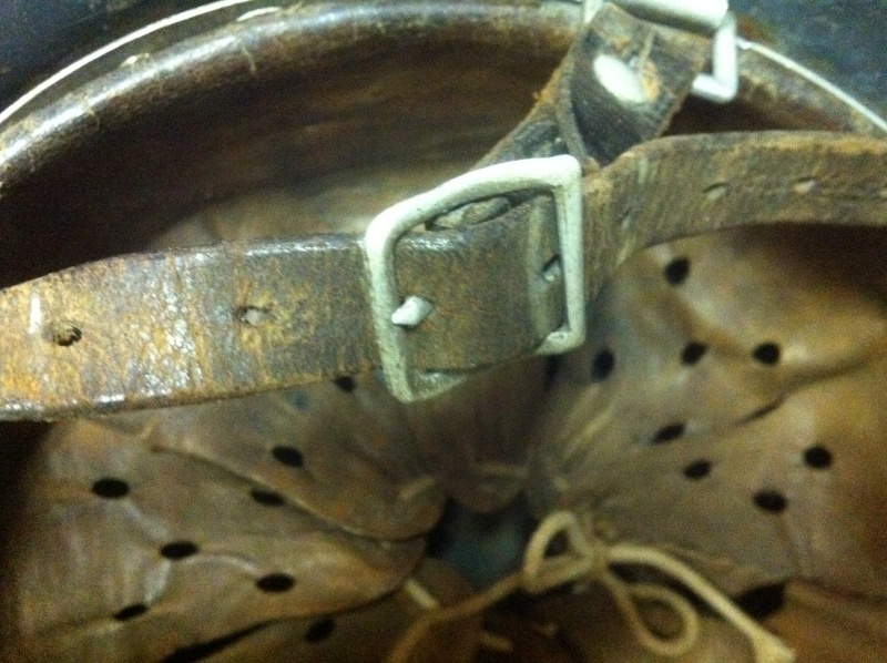 Vos casques allemands WW2... - Page 7 Img_4315