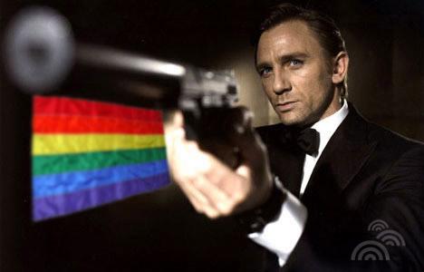 Le prochain James Bond amoureux d'un homme ! Jamesb10
