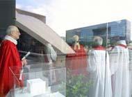 Le Pape interdit aux homos de devenir prètre Pretre10
