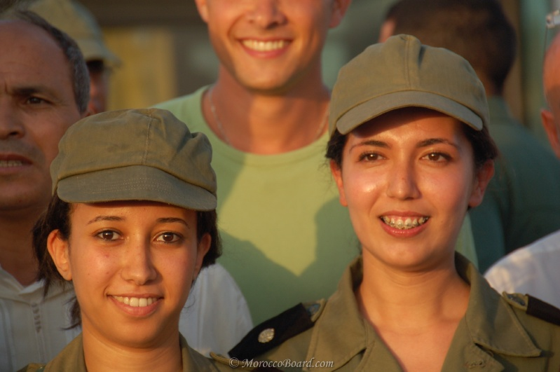 soldates du monde en photos - Page 3 15010