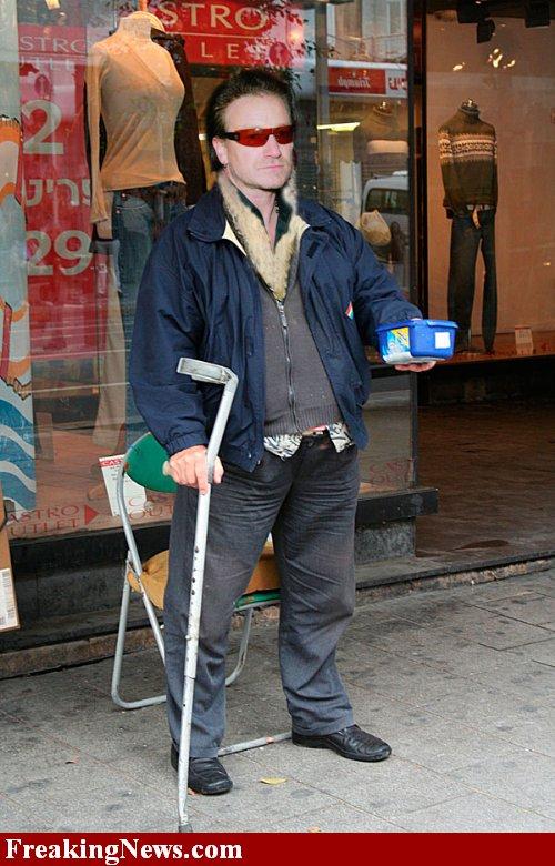 Funny U2 Beggar10