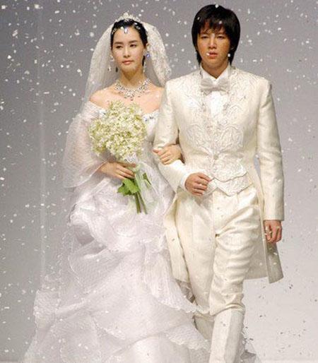 أزياء كوريا الجنوبية الحديثة بطابع القصور والاميرات Shayan10