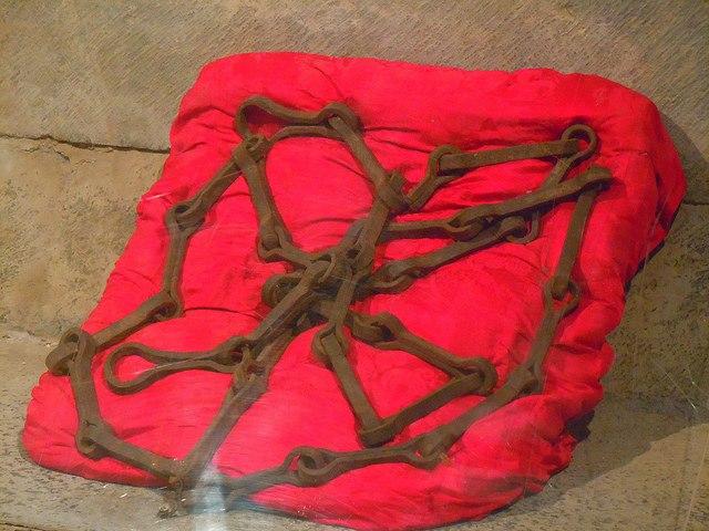 Las cadenas de las Navas de Tolosa 22601611