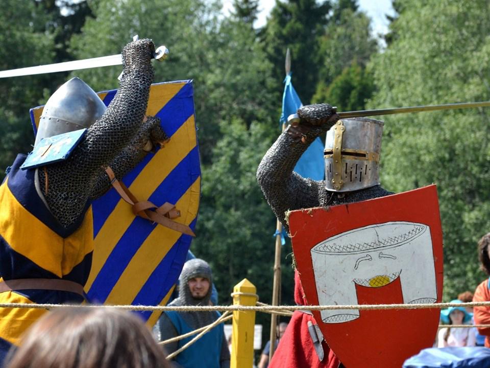 Escudos, estética y heraldica 413