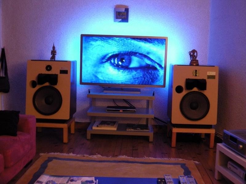 L'installation Home-Cinéma Full-JBL du père Françouè 00312