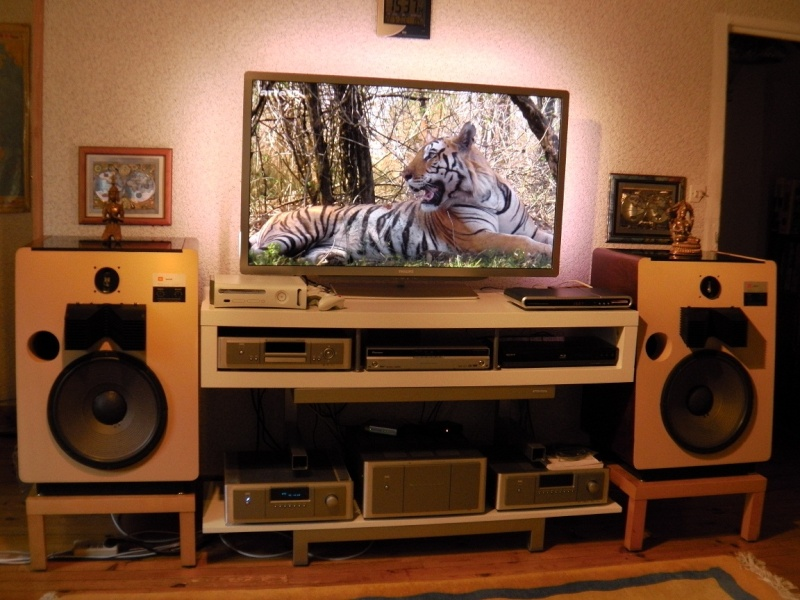 NAD M3 pour la Hi-fi et M15/M25 pour le Home-Cinéma  - Page 3 00712