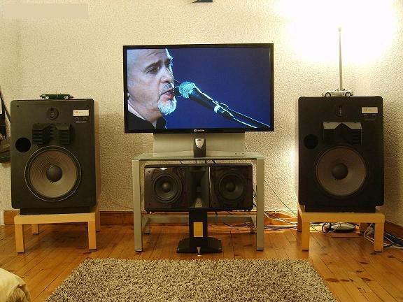 L'installation Home-Cinéma Full-JBL du père Françouè Celle-10