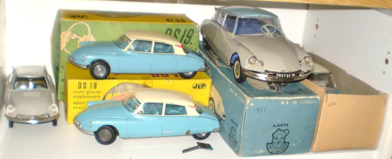 Ma collection DS en vitrine (à fin juillet 2008) Vitrin43