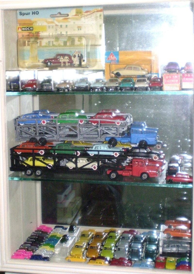 Ma collection DS en vitrine (à fin juillet 2008) Vitrin58