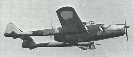 [quizz] Cet avion à trouver - Page 12 Pouet110